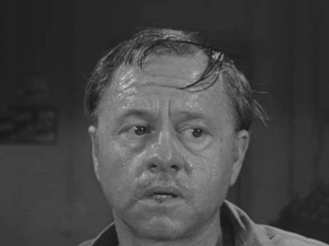 The Twilight Zone - Season 5 Episode 05: The Last Night of a Jockey