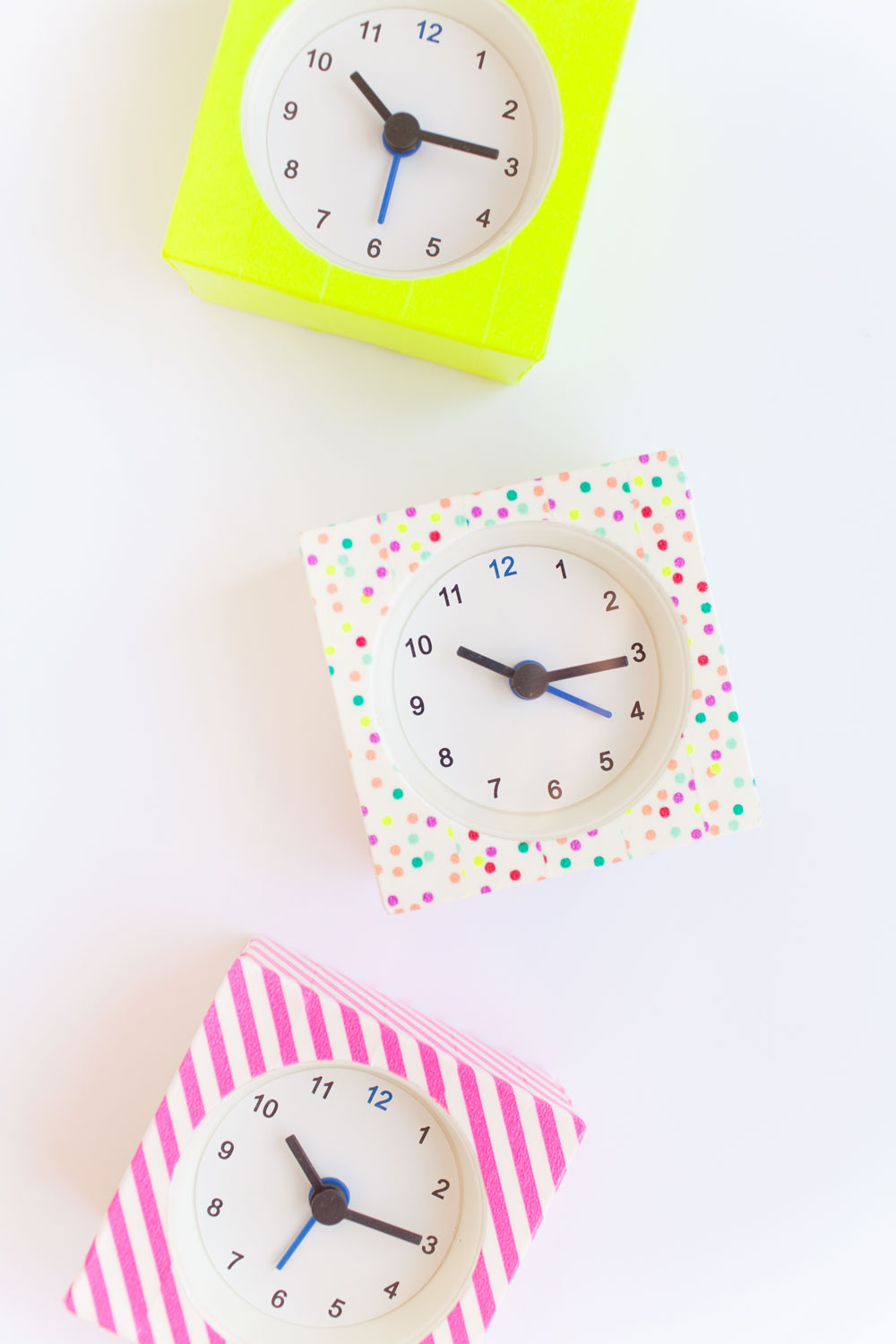 washi-tape-clocks