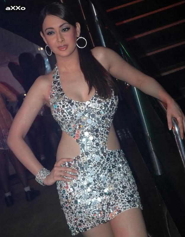 INDIAN ACTRESS: Bollywood Actress Preeti Jhangiani Hot