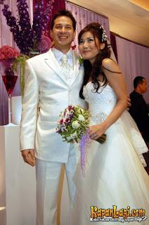7. Foto Pernikahan Ari wibowo dan Inge Anugrah 2006
