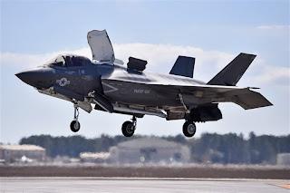 Jet Tempur F-35 AS