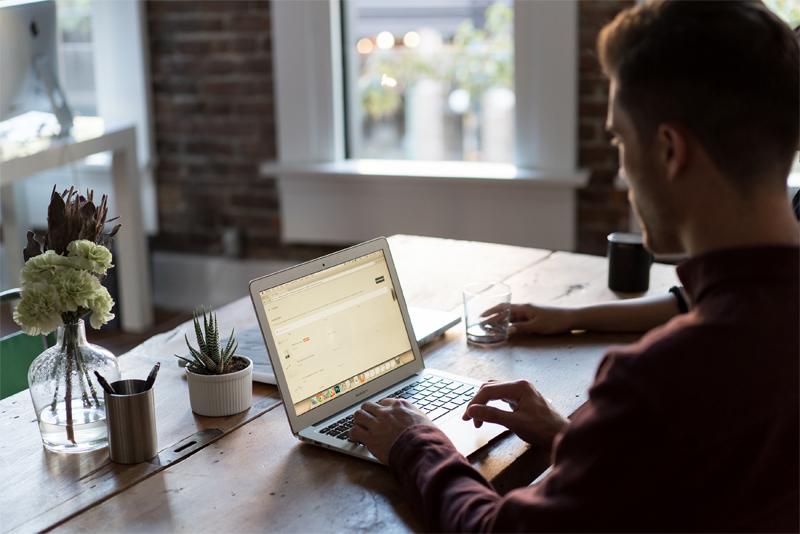 5 Formas de Atingir o Equilíbrio para quem Trabalha a Partir de Casa