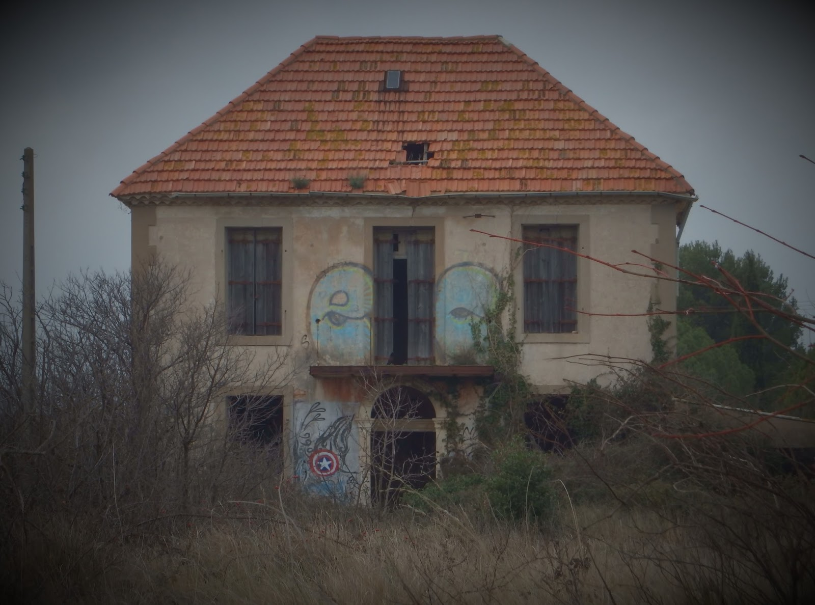 maison hantee 46