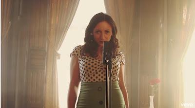 """Apryll Aileen Unveils New Single """"Hey Sugar"""""""