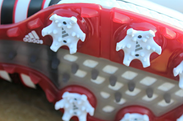 Golf shoe studded cleats