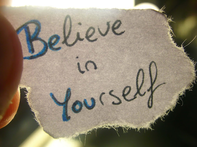 اقتباسات من شأنها أن تجعلك تؤمن بنفسك مرة أخرى