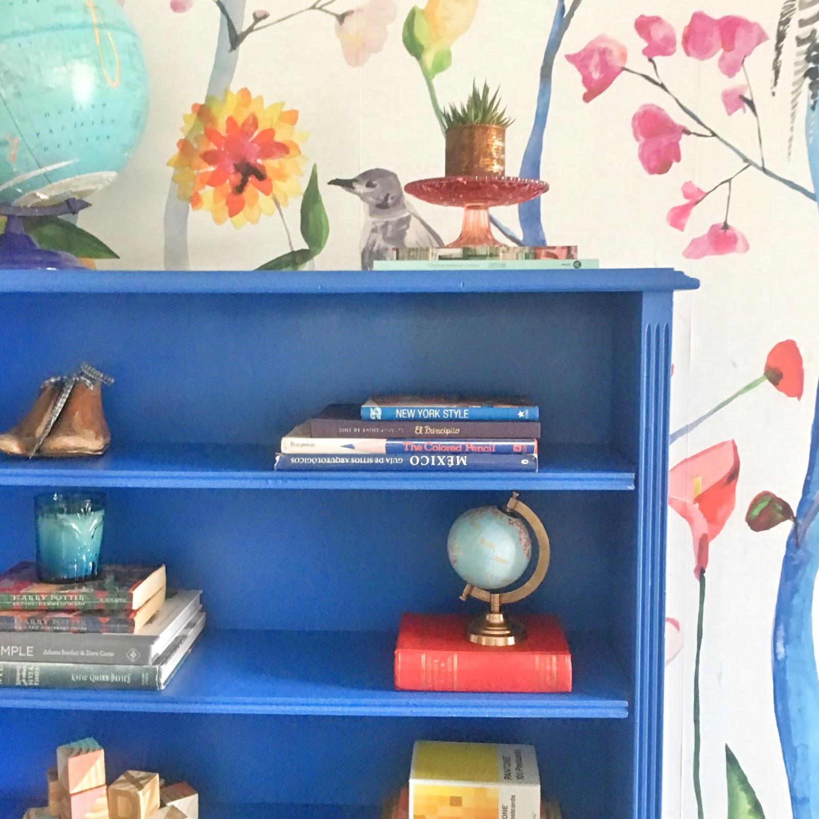 Como pintar una biblioteca azul diy s lo para m - Como pintar una casa por primera vez ...
