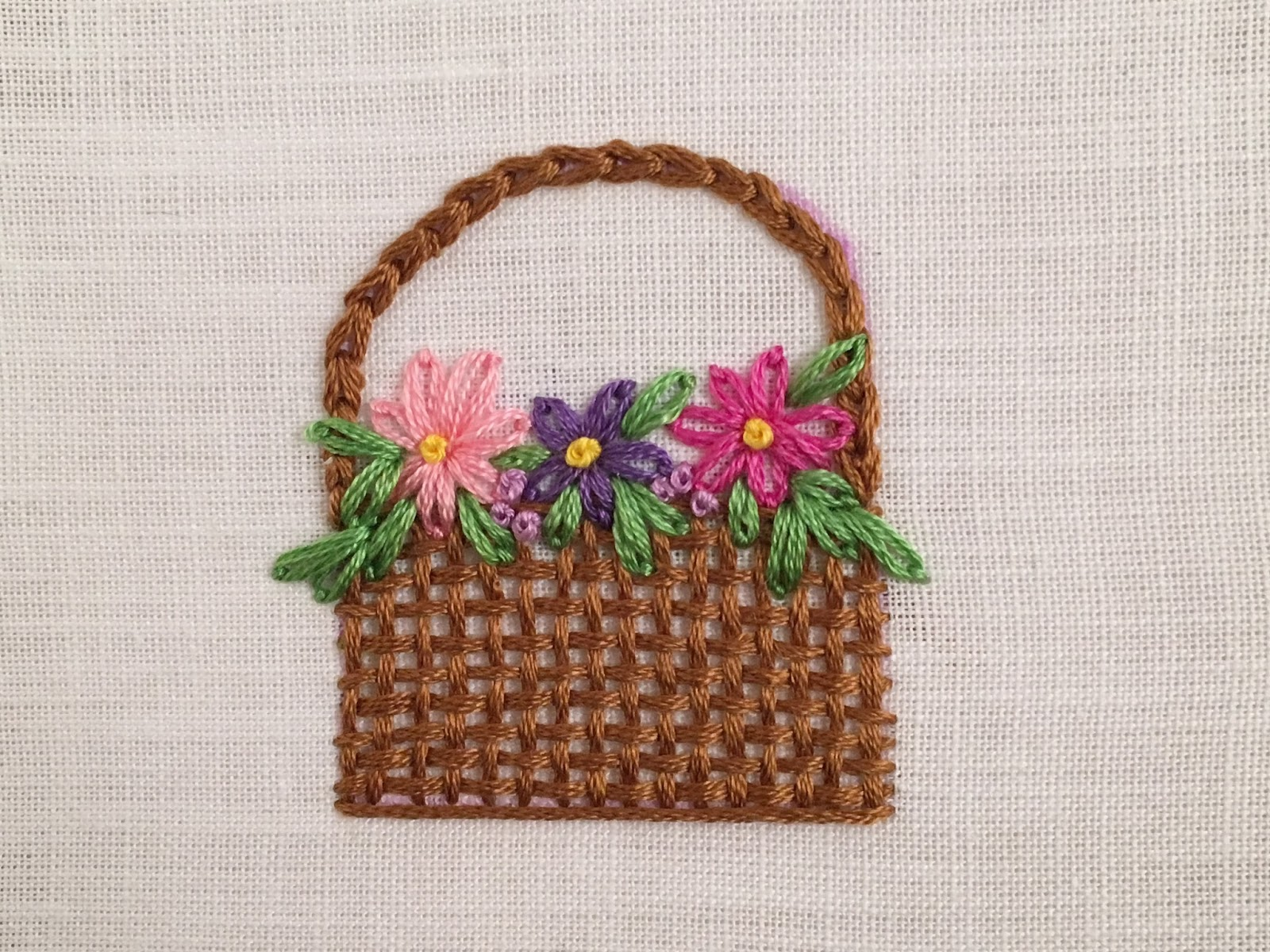 Woven Basket with flowers, a tutorial by Michelle for Mooshiestitch Monday on Feeling Stitchy