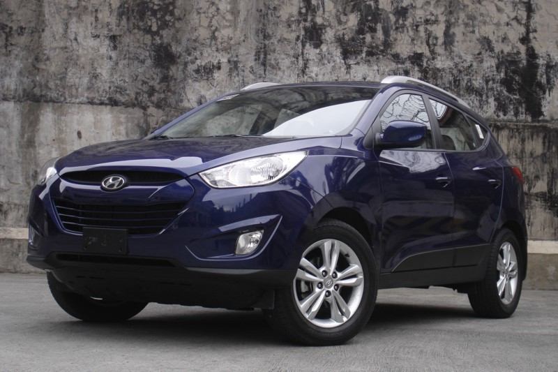 hyundai tucson 2012 review edmunds wroc awski informator. Black Bedroom Furniture Sets. Home Design Ideas