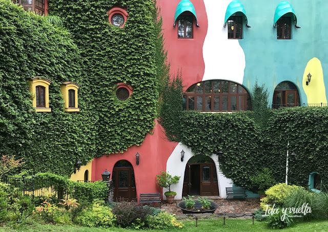 La fachada del Museo Ghibli