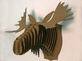 Cabeza de animal con cartón