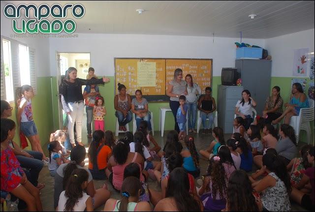 SCFV de Amparo encerrou suas atividades em 2017 com muita festa