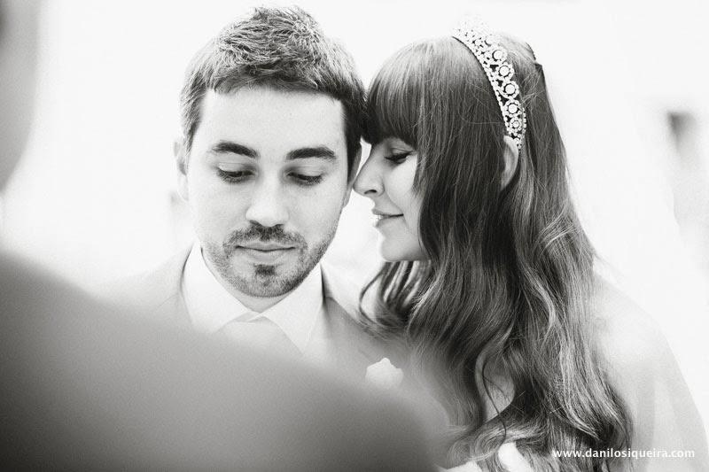 cerimonia - altar - noivos - noiva cabelo solto - tiara