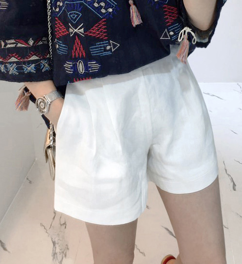 Linen Semi-Elastic Waist Shorts