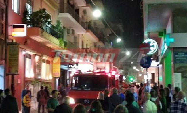 4ffd8114c61 Φωτιά εκδηλώθηκε το βράδυ της Πέμπτης (18/10) σε διαμέρισμα στη διασταύρωση  των οδών Παντανάσσης και Μαιζώνος στο κέντρο της Πάτρας.
