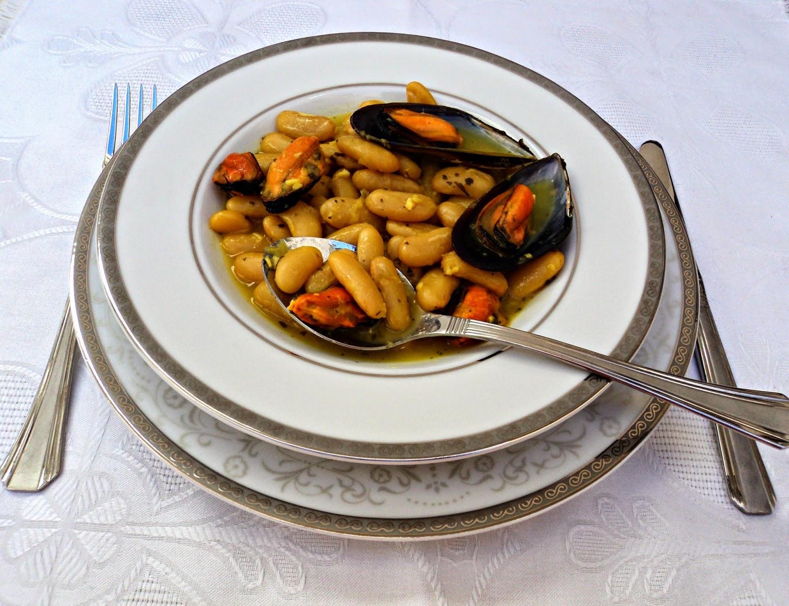 fabas-mejillones-azafran-plato