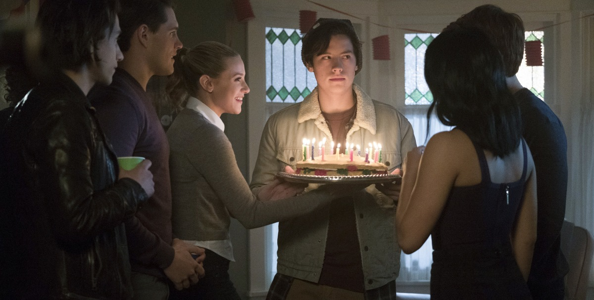 Riverdale 1x10 Chapter Ten The Lost Weekend Parada Temporal