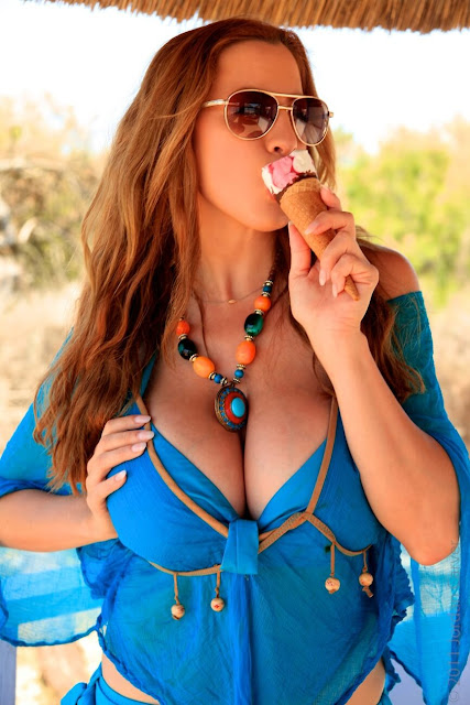 Jordan-Carver-Blue-Beach-HD-Photoshoot-hot-sexy-picture-15