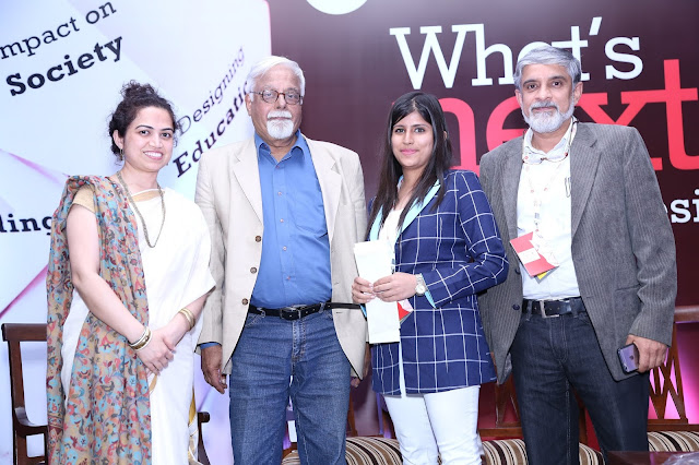 Pic 2- Akansha receiving the award from the changemakers for student design pitch-