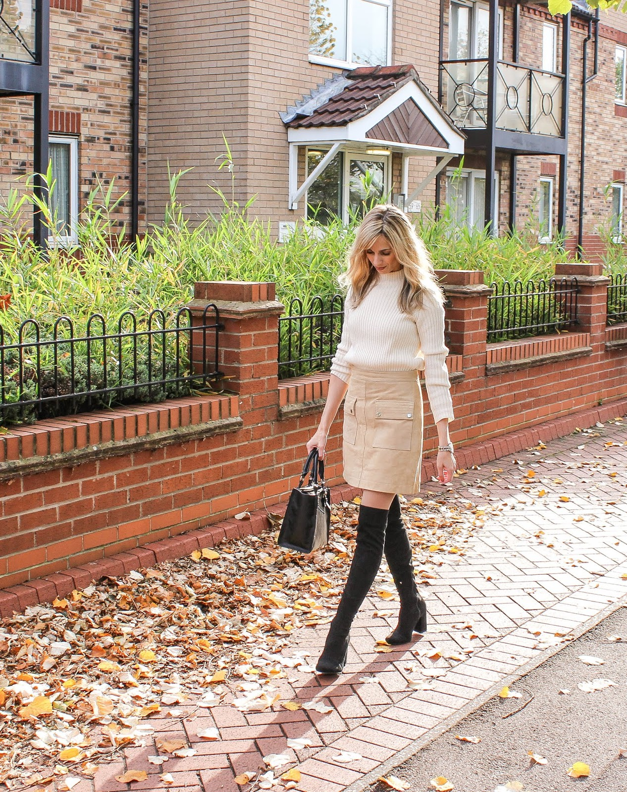 Tan suede skirt from Mango