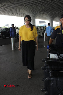 Huma Qureshi Pictures in Black Skirt at Mumbai Airport ~ Celebs Next