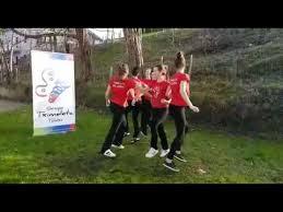 euskararen txantxangorria koreografia