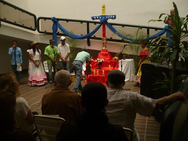 En favor de la paz organizaron en Carabobo  festividad de velorio de Cruz de Mayo