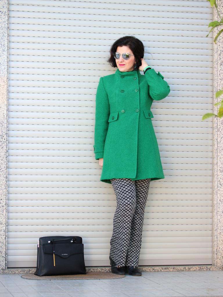 Tany et la mode wearing the green 60s style coat marfy - Estilo anos 60 ...