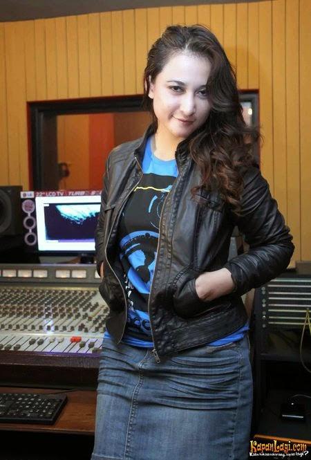 Hadi gen google video mesum pns bandung rinada artis reheart Gallery