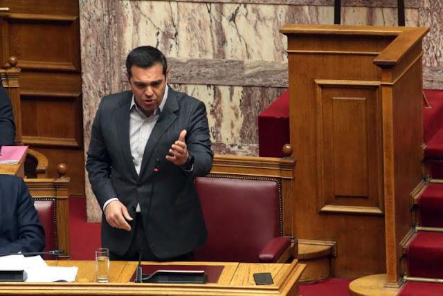 Η στιγμή που ο Τσίπρας κονιορτοποιεί τον επικοινωνιακό αντιπερισπασμό του Μητσοτάκη – VIDEO