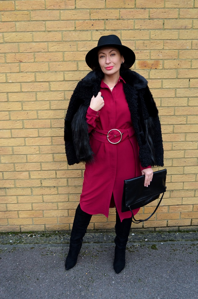 Adriana Style Blog, TOPSHOP Fur, Tova Dress, Fuksja, Fuschia, Colour in oufit, kolor w stylizacji, sukienka Tova, Futro, Kapelusz, Hat, Outfit, Fashion, Moda, My personal style