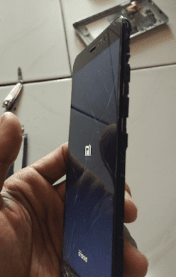 Cara Mudah Mengganti Baterai Xiaomi Redmi Note 3
