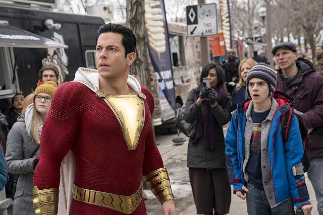 """Roteirista de """"Shazam!"""" assina com a Warner Bros. para escrever a sequência"""