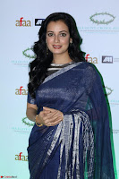 Dia Mirza in Sizzling Designer Saree at THE OLIVE CROWN AWARDS 2017 08.jpg