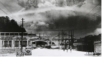 Bom atom di Nagasaki - pustakapengetahuan.com