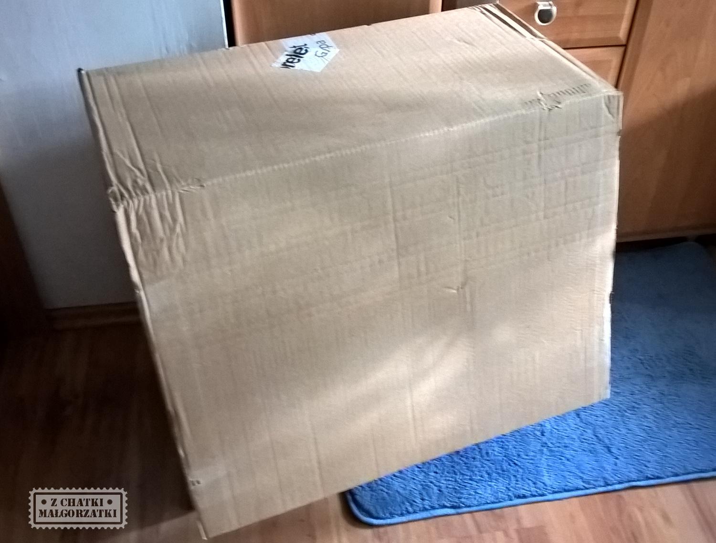 Modne ubrania Z chatki Małgorzatki: Szafka z kartonu. IS82