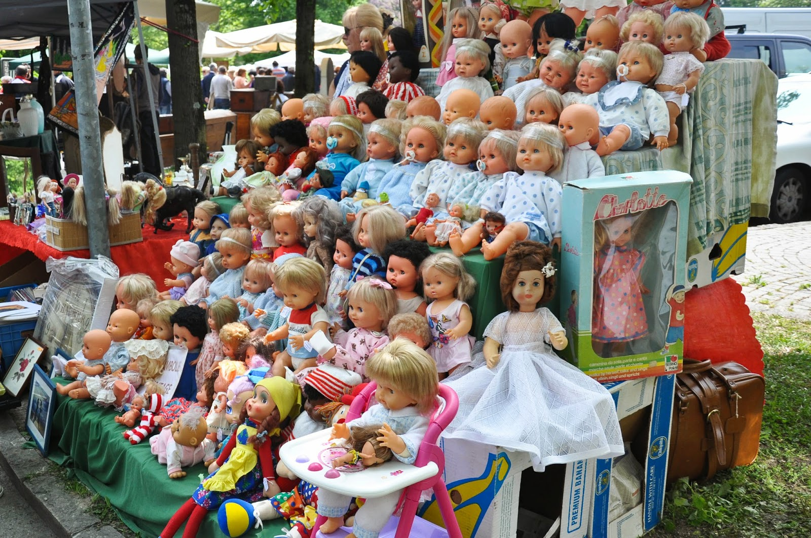 Dolls, Antiques market, Piazzola sul Brenta, Veneto, Italy