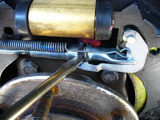 Comment régler les freins à tambour