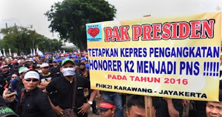 Demo di Depan Istana Negara, Guru Homorer : JOKOWI BOHONG