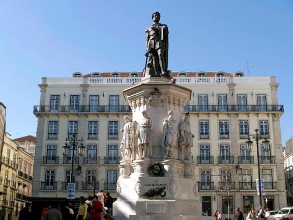 Estátua a Luís de Camões em Lisboa
