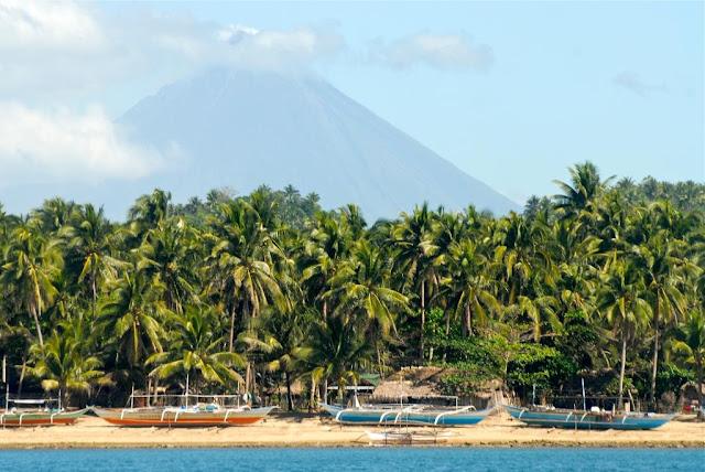 reizen naar de filipijnen, actieve vulkanen