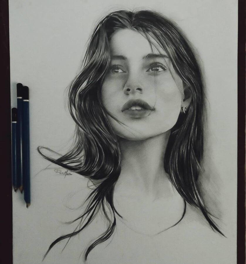13-Pencil-Drawings-Duae-Maz-www-designstack-co