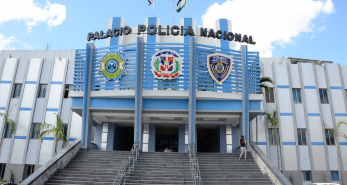 Dejan abandonada caja fuerte robada con 20 mil pesos en su interior