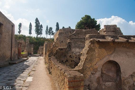 Visitando las ruinas de Herculano