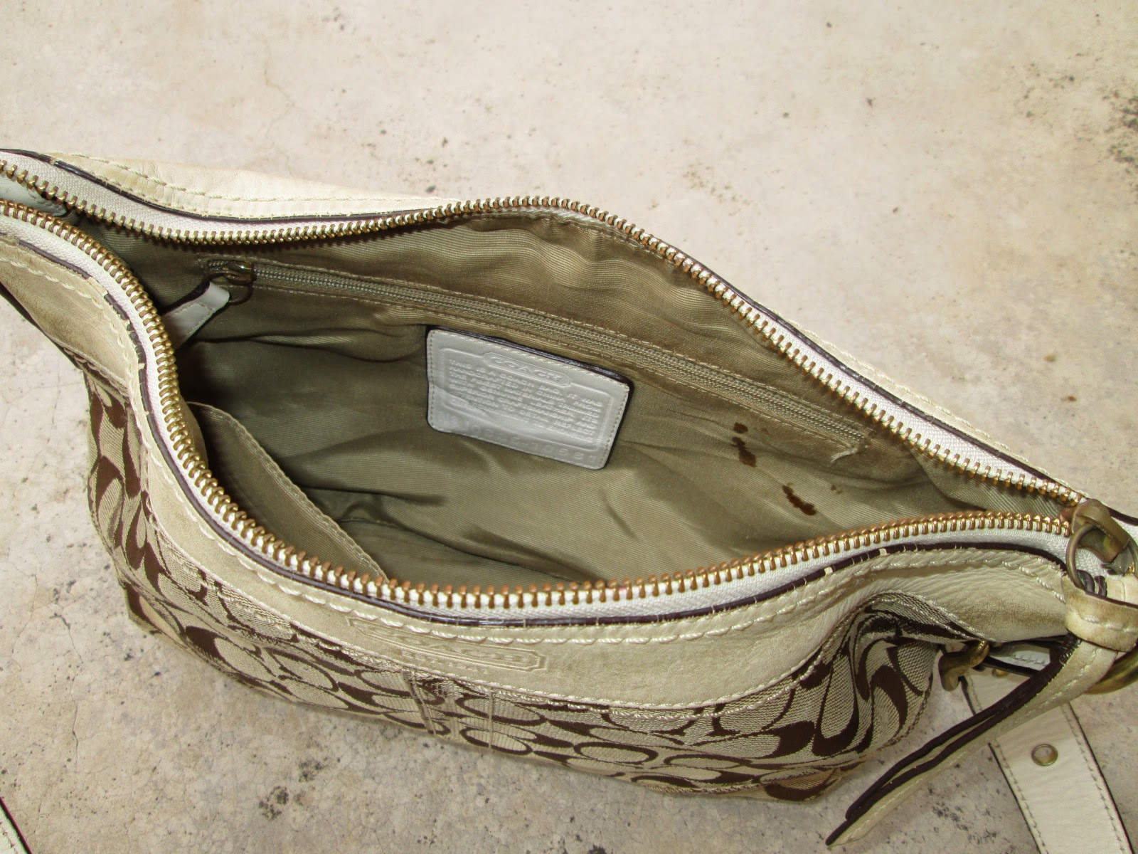 e3f99465afa5 ... czech coach shoulder sling bag 49 9a464 f8aa9