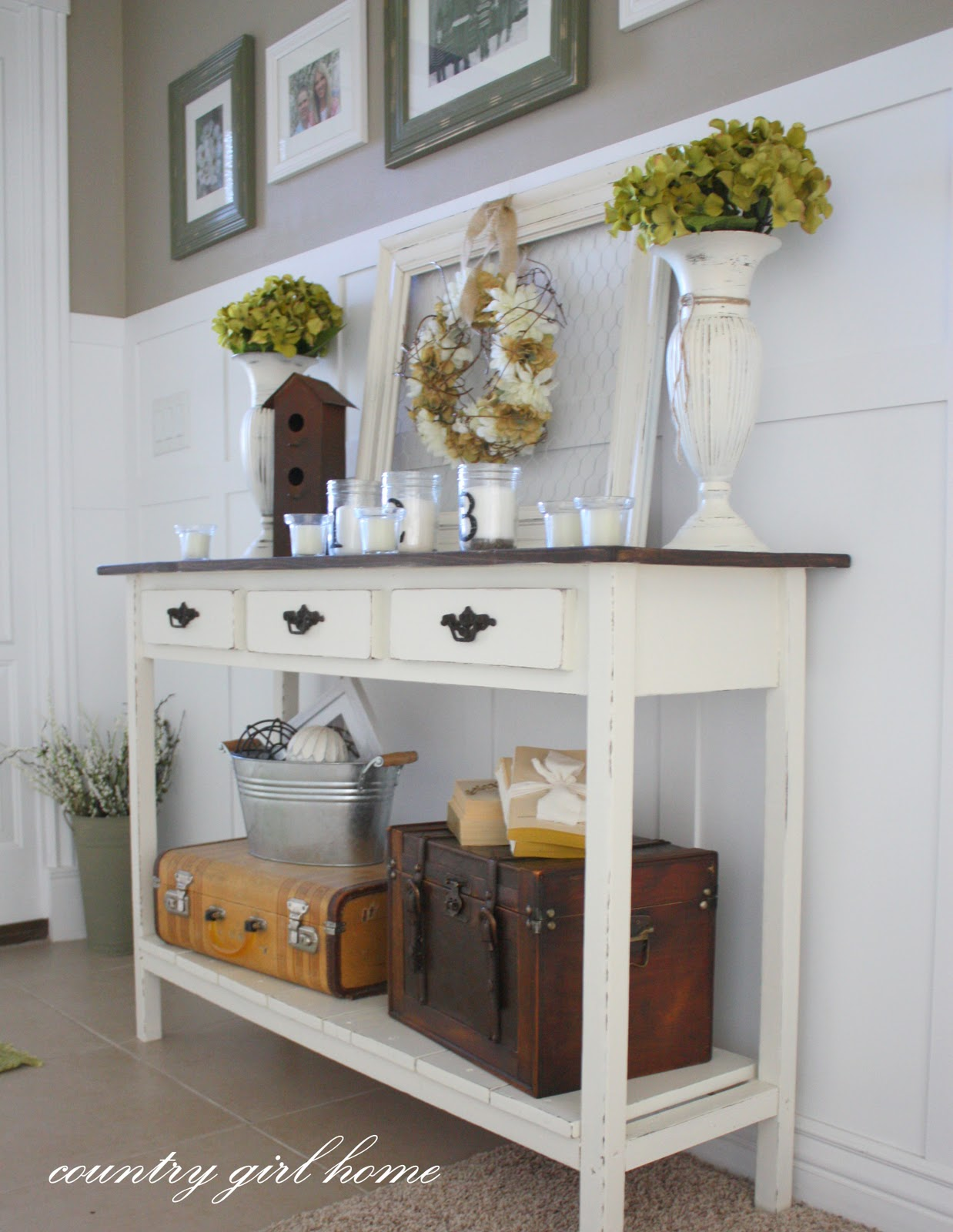 15 Entrance Hall Table Styles To Marvel At: COUNTRY GIRL HOME : A Few Things I Built