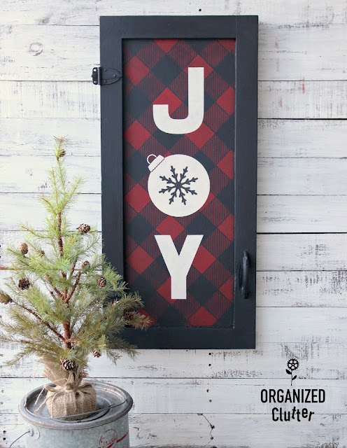 Buffalo Check Your Home and Garden Decor #stencil #oldsignstencils #buffalocheck #buffaloplaid #upcycle #repurpose #Christmas #junkgarden #signs