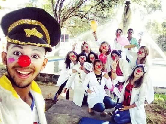 """Projeto de palhaços doutores """"Sorrir e viver"""" está com inscrições abertas para  novos voluntários em Delmiro Gouveia"""