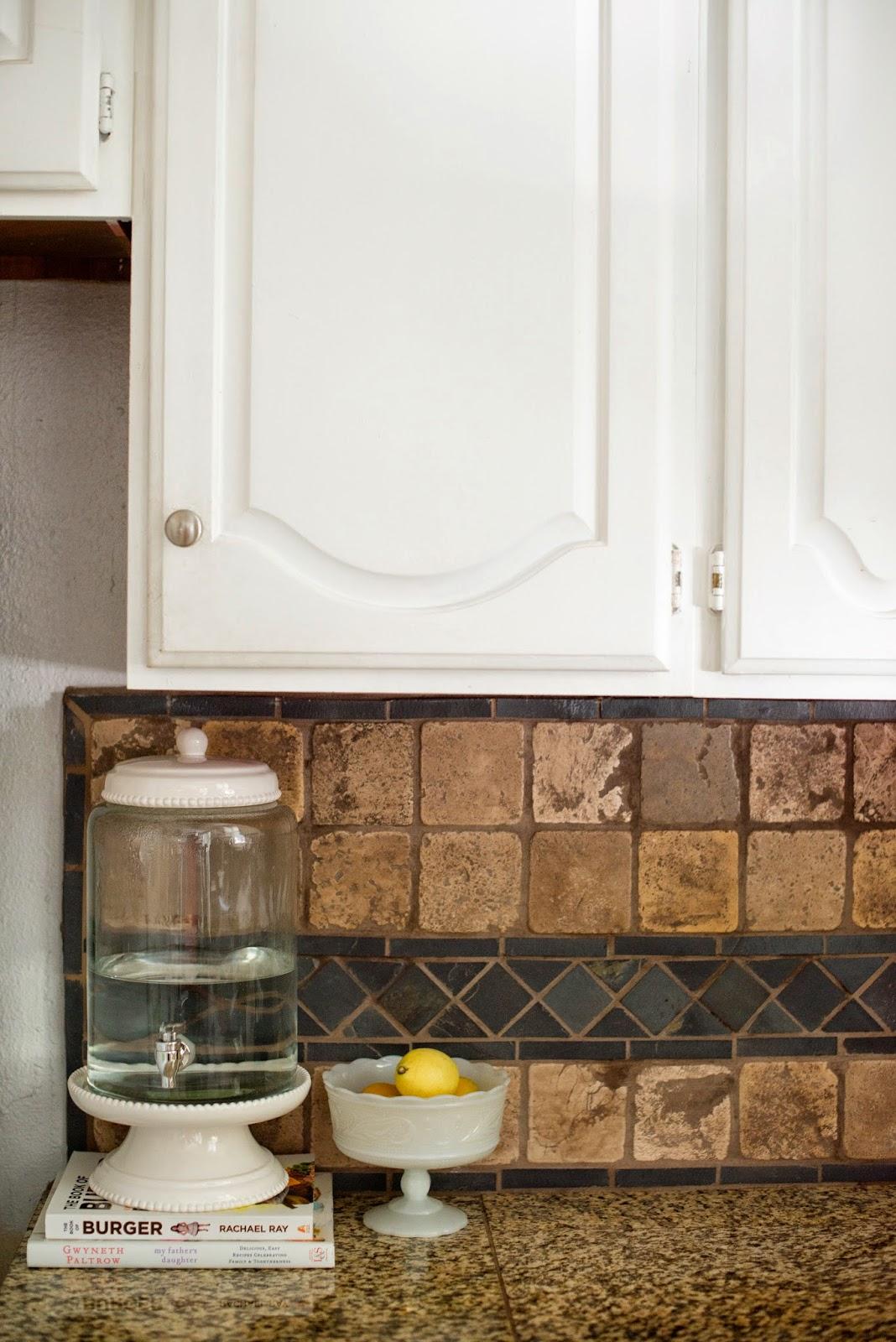 Kitchen Water Dispenser Island With Leaf Domestic Fashionista Drinking Station