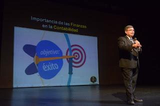 Estrategias en Ventas de Redes Sociales  Pablo Reyna Quiroga